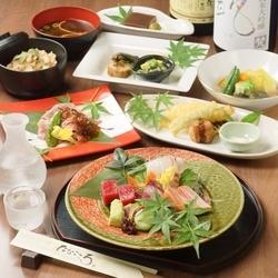 ご家族でのお祝いや、お昼の宴会などに。お料理のみのコースです。 ※大皿盛りでのご提供になります。