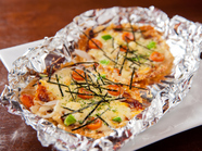パリッと香ばしい手軽な一品『韓国風のおこげピザ』