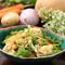 季節の無農薬野菜のサラダ