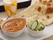本場インドの味に出会える『チキンカレー』