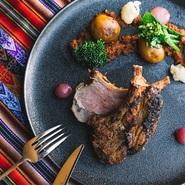 クミンやニンニク、黒ビールでマリネした仔羊のグリル。ペルーのアヤビリという山岳地帯の郷土料理です。