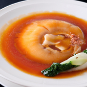 中華料理の定番『フカヒレ姿煮込み』