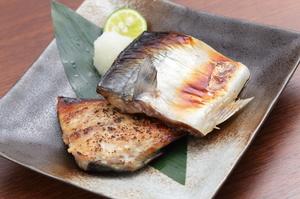 柔らかい身に、魚の旨みが活きた『金華鯖塩こうじ』