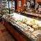 生ハム、サラミなどのヨーロッパ食材、また輸入チーズを堪能!