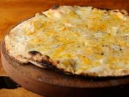 とことんチーズにこだわり、オリジナルチーズの味『ちーず屋さんの「こだわり」チーズPizza』