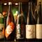 新潟と灘の酒を筆頭に、料理に合う選りすぐりの日本酒を揃える