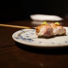 『熊野地鶏』の雌の串焼き7種をメインに、季節のお料理を3品、〆のご飯orパスタまで!大人の贅沢コース