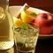 フルーツたっぷりの『自家製サングリア(赤ワインor白ワイン)』