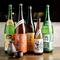 常時100種類以上と豊富なラインナップを楽しめる日本酒