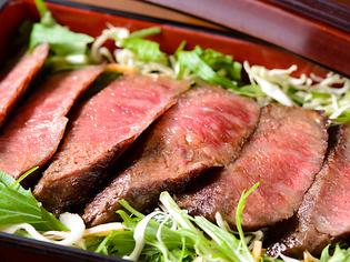 牛肉の芸術と言われることもある柔らかさと旨み