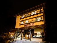 奥飛騨の中心にありながら、地元の方にも観光客にも愛される店