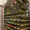 常時30種類あるワインセラーで適正温度に管理された「ワイン」