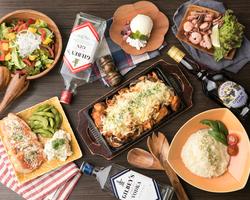 大阪といえば粉もんに串カツ!そんな名物ばかりを集めた大阪の味を味わえるコースをご用意! 週末は3480円