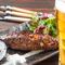 オーナーの地元 石川県の美味を、石川地酒や自慢のビールと堪能