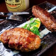 カリカリ食感の中に芳醇な芋のうま味が凝縮『熟成芋の潰し揚げ』