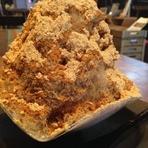 手作りキャラメルクリームを入れた濃厚なベイクドチーズケーキ『キャラメルナッツチーズケーキ』