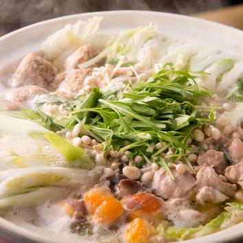 鶏鍋コース(11品+飲み放題2H)