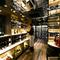 店内への扉を開けると広がる「ウォークイン・ワインセラー」
