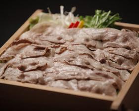 霧島黒豚とたっぷり野菜の蒸篭蒸し