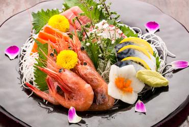 大漁!新鮮旬魚お刺身盛り合わせ 五点盛り