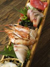 岡山の旬の新鮮な魚介を楽しむ『海老蔵 刺身の盛り合わせ』