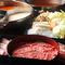 肉、野菜、〆、おつまみなど、食べ放題は100種類以上