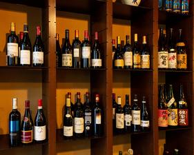 冷酒・熱燗ともに様々なバリエーションが揃った『日本酒』