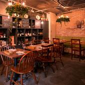 25名以上のパーティーも可能。おしゃれな雰囲気のイタリア料理店