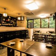 プレミアムな銘柄を含む30種類以上の日本酒から選べる飲み放題や旬の逸材を使った料理長のおまかせコースなど宴会にふさわしいコースが揃っています。貸切専用のプランもあり水入らずの時間をゆったりと過ごせそう。