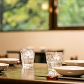 ヘルシーな魚介料理と日本酒を満喫できるコース料理