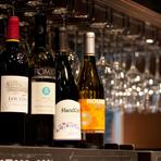 ソムリエ、インポーターのワインアドバイザーが一堂に会して厳選した、充実のラインナップを誇ります。最高級和牛とワインとのマリアージュをぜひ試してみてはいかがでしょうか。