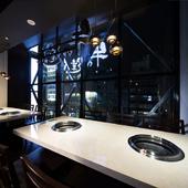 少人数から大人数まで収容できる、全室完全個室のくつろぎ空間