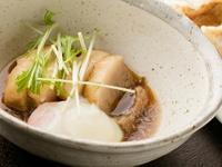 煮込みで脂が落ちさっぱり 、とろとろ柔らかな『米の娘豚の角煮』