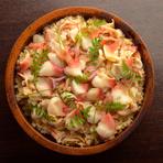 仙台市一番町にあるみつくらは、日本酒と旨い魚が楽しめるお店です。冬から春は北寄飯・夏は三陸穴子飯・秋ははらこ飯・三陸の牡蠣飯と、四季を楽しむ和食ご飯やご当地メニューが楽しめます。