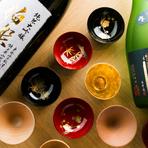 利き酒師であるスタッフが料理にあわせて選ぶ貴重な地酒。最高峰といわれる兵庫の酒米をつかった『伯楽星』や地元宮城の『日高見』など、食材や季節に合わせたお酒を堪能。美酒に酔いしれる至福のひと時です。