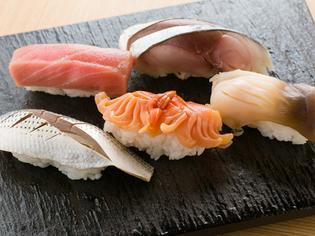 こだわりの魚を更に美味しく『本日の握り寿司 五貫』