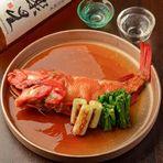 10名以上で2階席を貸切ことも可能です。雰囲気も良くプライベート感もたっぷり。料理は日本酒にぴったりの魚料理が美味しいお店です。飲み放題はマスターズドリーム付。大切な方を囲んだちょっと特別な会におすすめ