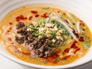 胡麻の風味が効いたピリ辛ソースが癖になる『特製タンタン麺』