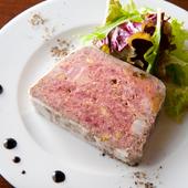 伝統的な家庭料理『田舎風パテ』