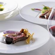 大川シェフが大切にしていることのひとつが、自身が現地で感じたフランス料理。クラシカルなその味は、ソースを大切に、それをしっかり受け止めるワインが基本です。常に先を見ながらも、色褪せないその味が基本に。