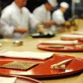和食贔屓の食通の女性とともに訪れるのに最適です