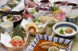 海鮮せとうち定食2000円  9品(コース)要予約、1500円(7品)もあります。