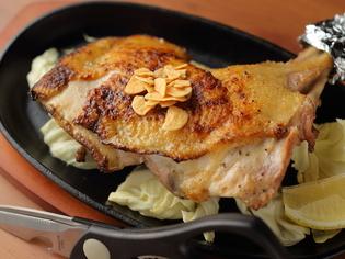 毎日仕入れした、新鮮な鶏肉を使用した料理