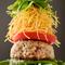 『こだわり三河牛ハンバーグLe mide style』はカラフルな野菜のタワーが綺麗