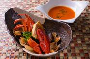 魚の旨みと、オマール海老の甘みが絶妙な『オマール海老のブイヤベース』