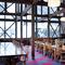 宴会やグループでの会食に使える開放的な広々スペース