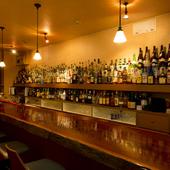 お酒の種類が豊富に揃うので、老若男女どなた様にも対応できます