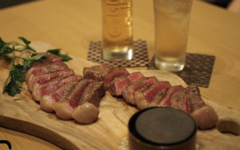 九州産厳選最高級ステーキが盛り合わせとなった今までにない皆様で愉しめる史上最高のコースです!