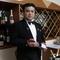 お客様の好みに合わせて、料理に合うワインをチョイス