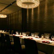 岐阜の食材を中心としたフレンチと共にシェフおすすめディナーコースでぜひお楽しみください。